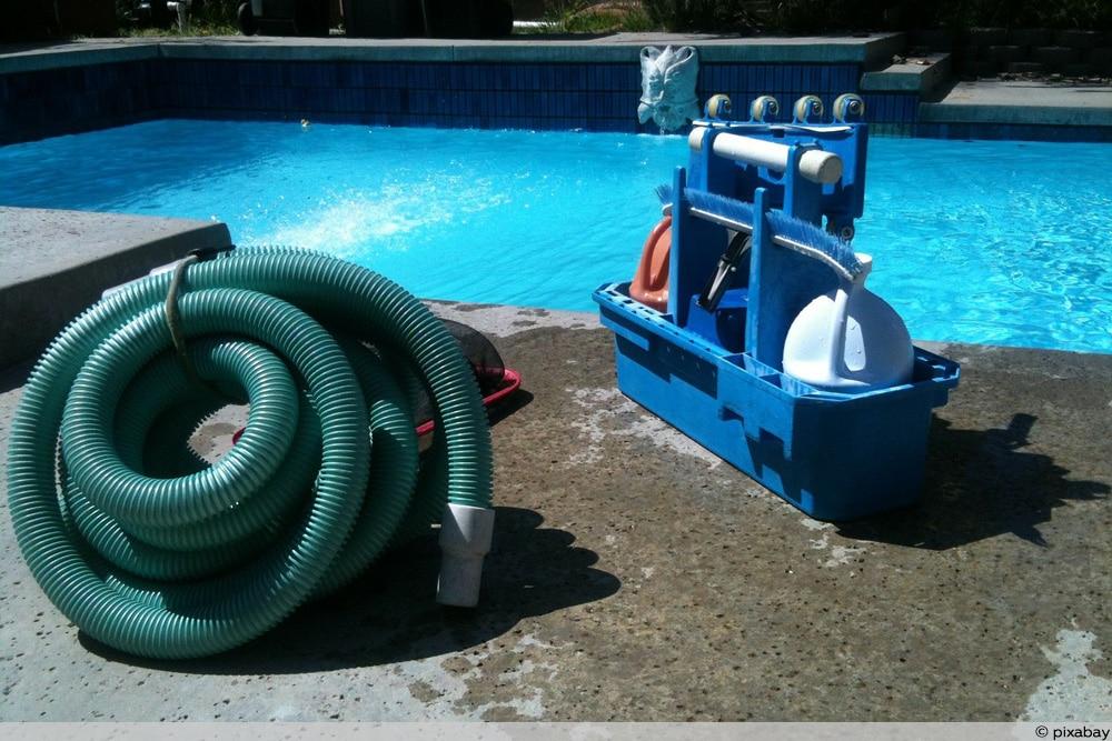 Poolwasser zum Gießen
